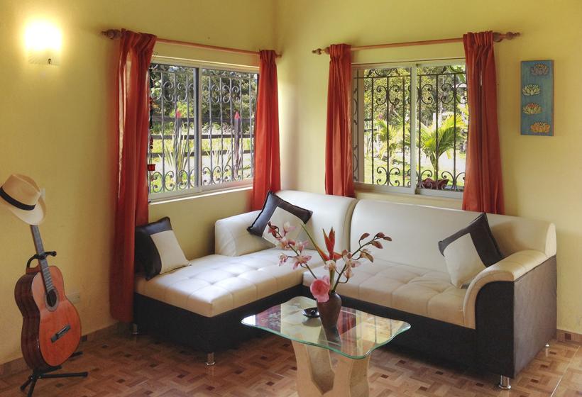 Villa El Cafetal woonkamer